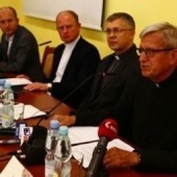 Konferencja prasowa o renowacji katedry