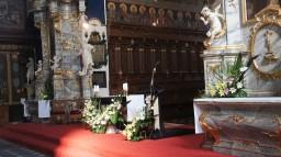 Ślub 26.07.2014. Ołtarz główny i boczne.