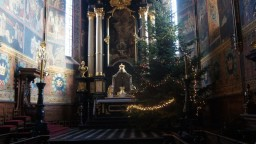 Boże Narodzenie 2014. Choinka w Prezbiterium.