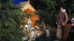 Boże Narodzenie 2014. Przy szopce.