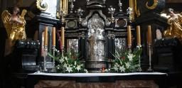 Niedziela-3 Maja 2015. Kaplica Najświętszego Sakramentu.