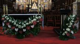 Niedziela 13.11.2016 Ołtarz główny.