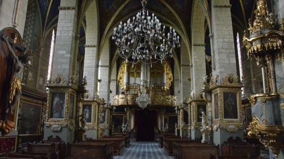 Wnętrze Bazyliki Katedralnej w Sandomierzu.